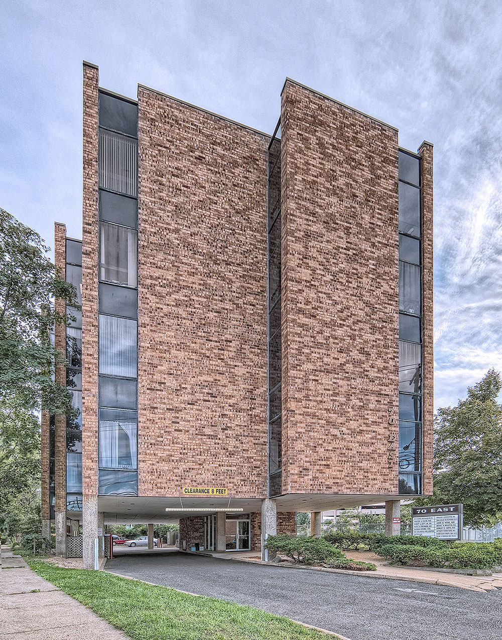 Riverside Building